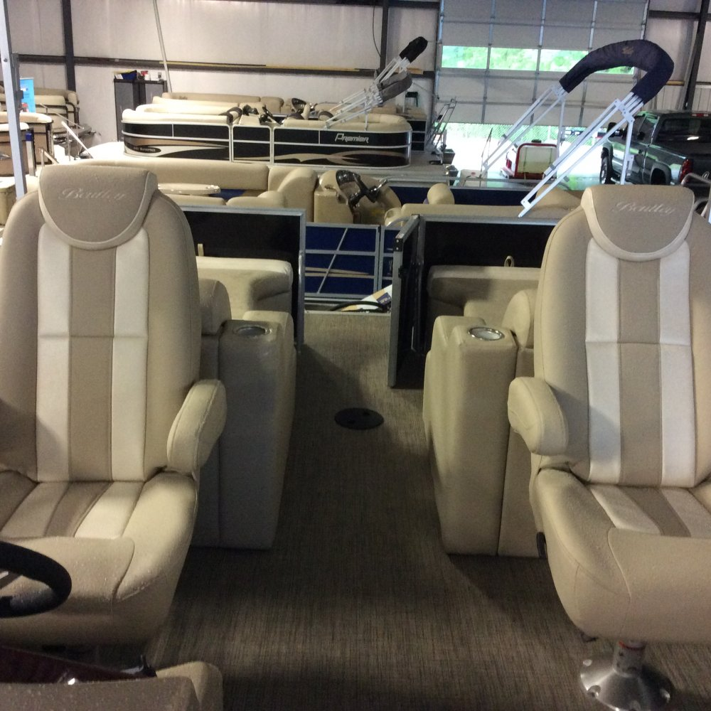 New 2016 Bentley Marine 253 Elite Tritoon For Sale