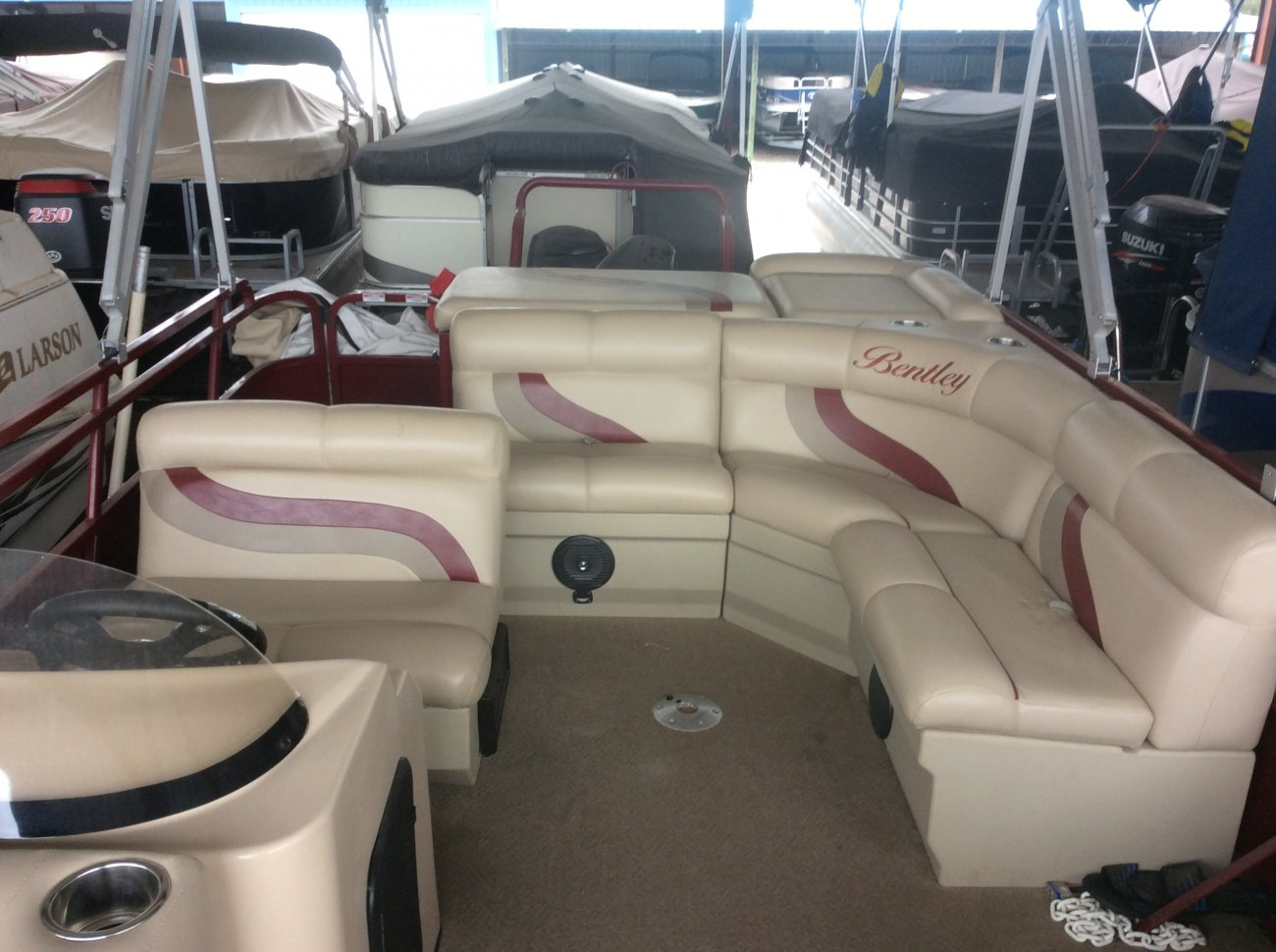 Pre-Owned 2014 Bentley Marine 240 cruise pontoon For Sale
